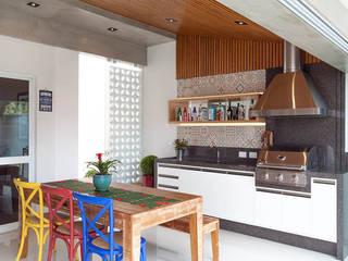 Eclectische keukens van Moran e Anders Arquitetura Eclectisch