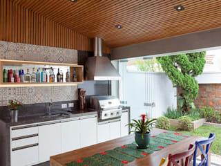 Kitchen by Moran e Anders Arquitetura