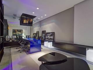 Casa Cor Minas 2012 | Home do Empresário Edifícios comerciais modernos por Piacesi Arquitetos Moderno