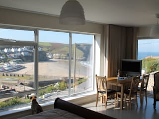 Two new houses at Portreath Modern style bedroom by Rovano Architecture & Design Ltd Modern
