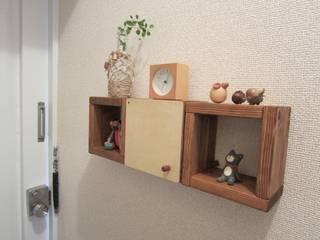 木の壁掛け棚ミニ: 作房和樂(サボウワラク)が手掛けたです。