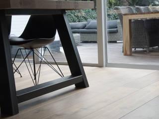 Villa | Houten vloer:  Eetkamer door Zilva Vloeren