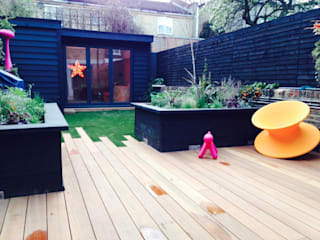 London TV Studio Jardines modernos de Garden2Office Moderno