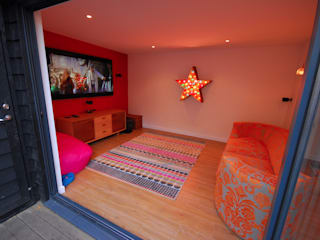 modern Media room by Garden2Office