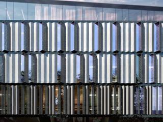 Rozbudowa i adaptacja zabytkowego obiektu: styl , w kategorii Powierzchnie handlowe zaprojektowany przez Q2STUDIO