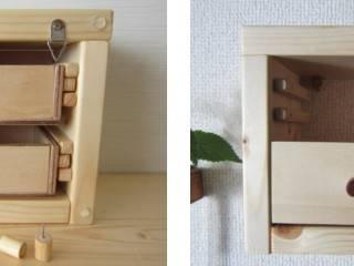 木の壁掛け小引出し【ミニ】: 作房和樂(サボウワラク)が手掛けたです。