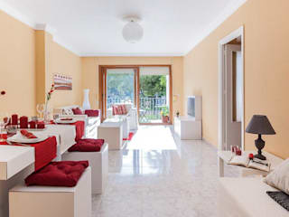 Home Staging en El Puerto:  de estilo  de Habitalook