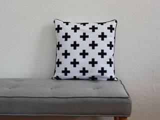 Mrs.Honeyfoot Living roomAccessories & decoration