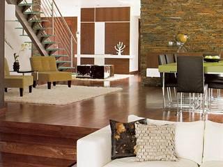 Artica by CSS Pasillos, vestíbulos y escaleras de estilo moderno
