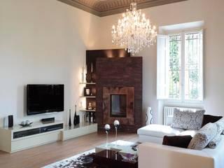 villa Toscana: Soggiorno in stile in stile Moderno di Michele volpi -studio interior design
