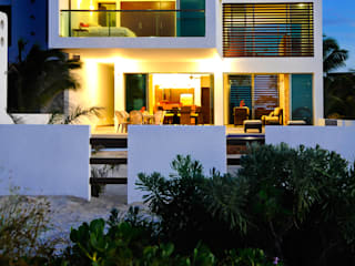Modern Houses by LIZZIE VALENCIA arquitectura & diseño Modern