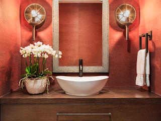 Bathroom by Antonio Martins Interior Design Inc