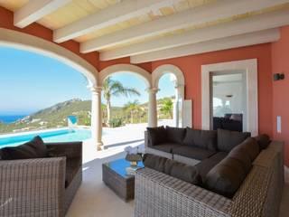 Balcones y terrazas de estilo mediterráneo de Element 5 Mallorca S.L.U. Mediterráneo