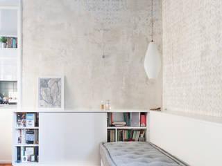 Piccolo appartamento nel centro storico di Bologna- arredo su misura FALEGNAMERIA EMILIANA S.R.L. CasaAccessori & Decorazioni