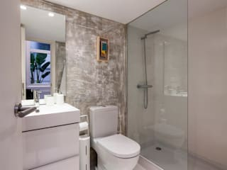 Modern bathroom by The Sibarist Property & Homes Modern
