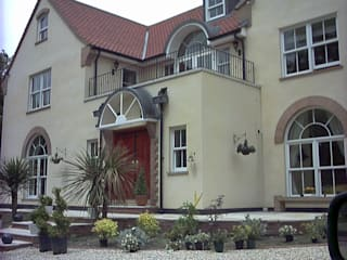 Uniquely styled new build family home Marvin Windows and Doors UK Pintu & Jendela Gaya Kolonial Kayu White
