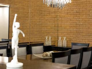 AP 09_Central Parque Salas de jantar rústicas por América Arquitetura Rústico
