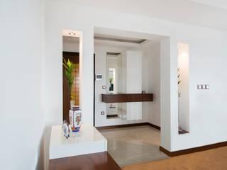 İkiztepe Konakları Modern Koridor, Hol & Merdivenler BAGO MİMARLIK Modern