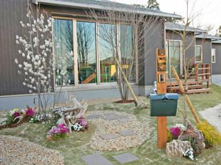 芝庭(芝生をいかした庭造り) オリジナルな 庭 の 匠ガーデン オリジナル