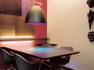 Moderne eetkamers van BERTA LOZANO Modern
