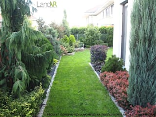 Modern Garden by LandAR Projects Sp. z o.o. Modern