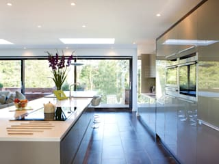 House Refurbishment Urban Creatures : Architects Modern Kitchen