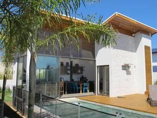 مسبح تنفيذ Andrea Vasconcelos Arquitetura e Design, حداثي