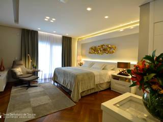 Residência Cond. Reserva do Arvoredo Tania Bertolucci de Souza | Arquitetos Associados Quartos modernos