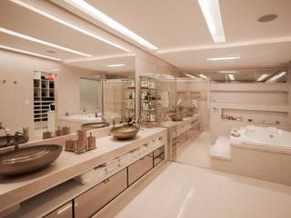 Projeto Salle de bain moderne par Heloisa Titan Arquitetura Moderne