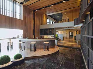 Couloir et hall d'entrée de style  par KD Panels