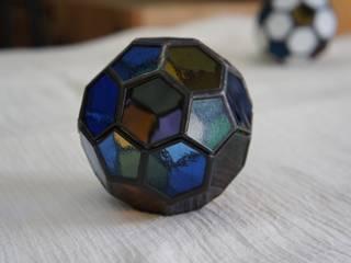 ステンドグラスの小物たち: タラ工房が手掛けた折衷的なです。,オリジナル