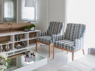 Apartamento - Campro Grande - São Paulo - SP: Salas de estar  por Studio LK Arquitetura e Interiores