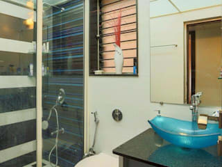 Interior Projects:  Bathroom by Dessign7 Interiors Pvt Ltd