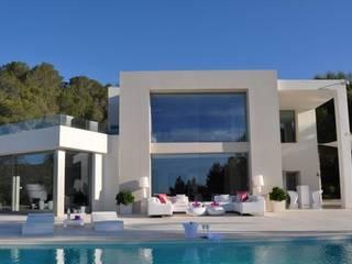 Nowoczesne domy od Ibiza House Renting Nowoczesny