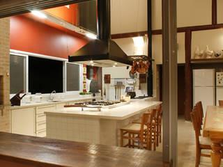 Comedores de estilo rústico de Silvia Cabrino Arquitetura e Interiores Rústico