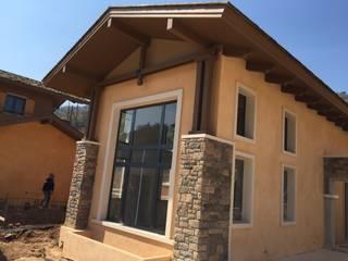 Arquitecto Reyes Klasyczne domy
