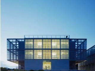 Villa del Cine de METF Iluminación Moderno