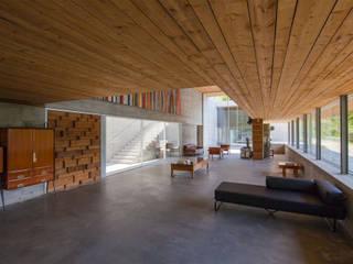 Wohnzimmer von Carvalho Araújo
