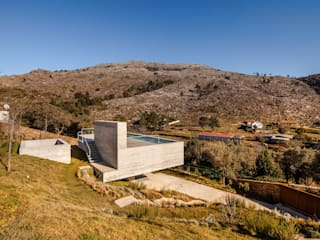 Refúgio na Montaria: Casas  por Carvalho Araújo