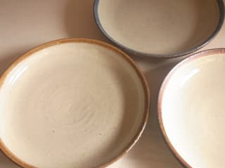 edge color dish: 川尻製陶所 - kawajiri Earthenware Factoryが手掛けたアジア人です。,和風