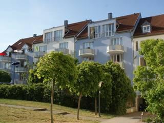farben schiller Casas modernas Azul