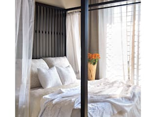 Lonavala Holiday Home Eclectic style bedroom by Rakeshh Jeswaani Interior Architects Eclectic