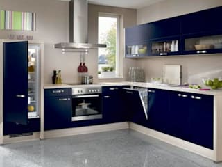 Modern kitchen by Interiorwalaa Modern