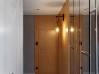GDAŃSK - Mieszkanie wakacyjne Eklektyczny korytarz, przedpokój i schody od JT GRUPA Eklektyczny