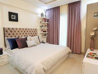 Residence:  Bedroom by SHUBHI SINGHAL INTERIOR DESIGN