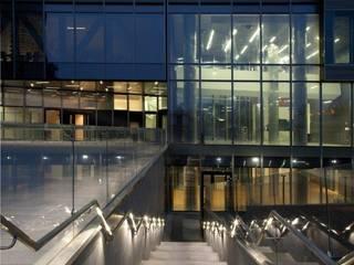 TORRE UNIPOL GLIP | The Lighting Partner Spazi commerciali moderni