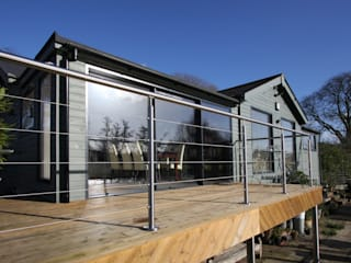 Finnmoor Modern windows & doors by IQ Glass UK Modern