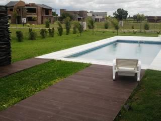 Jardines de estilo  de VHA Arquitectura