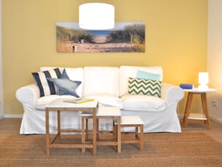 Country style living room by Karin Armbrust - Home Staging Country