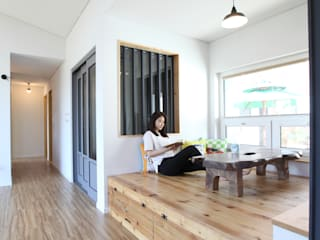 좌식평상 툇마루 모던스타일 거실 by 주택설계전문 디자인그룹 홈스타일토토 모던